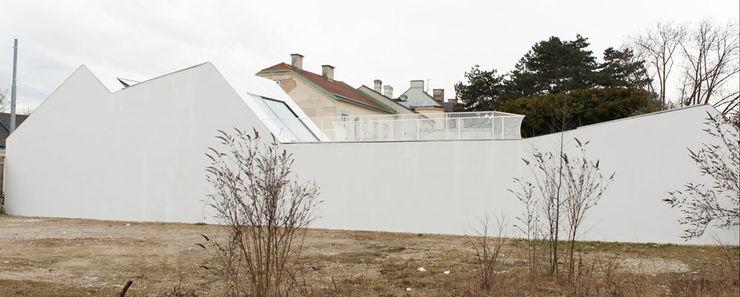 cj_5 - housing in urban density Caramel architekten Ausgefallene Häuser