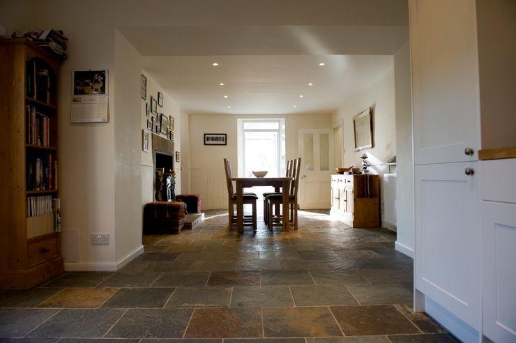 Craigentath, Blairs, Aberdeenshire Roundhouse Architecture Ltd Dining roomDressers & sideboards