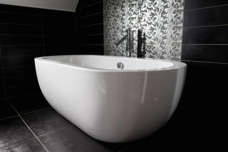 Snowdrop Lodge, Beach Road, St. Cyrus, Aberdeenshire Roundhouse Architecture Ltd BathroomBathtubs & showers