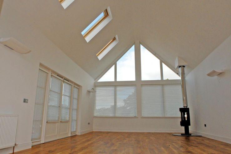 Snowdrop Lodge, Beach Road, St. Cyrus, Aberdeenshire Roundhouse Architecture Ltd Modern Windows and Doors