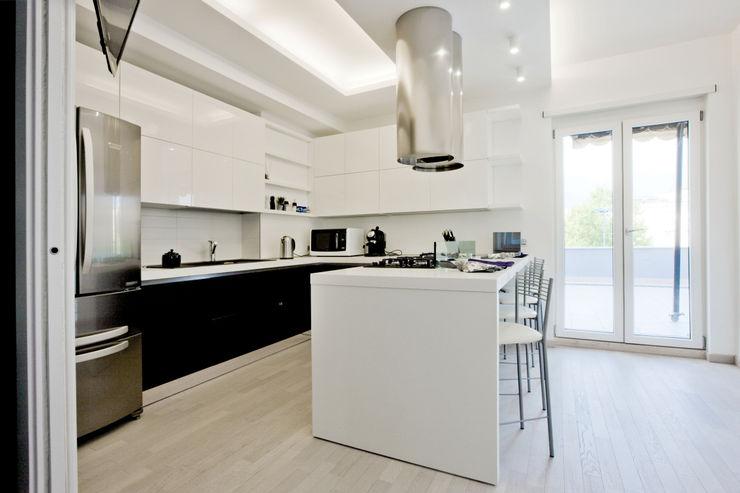 Emanuela Gallerani Architetto KitchenStorage