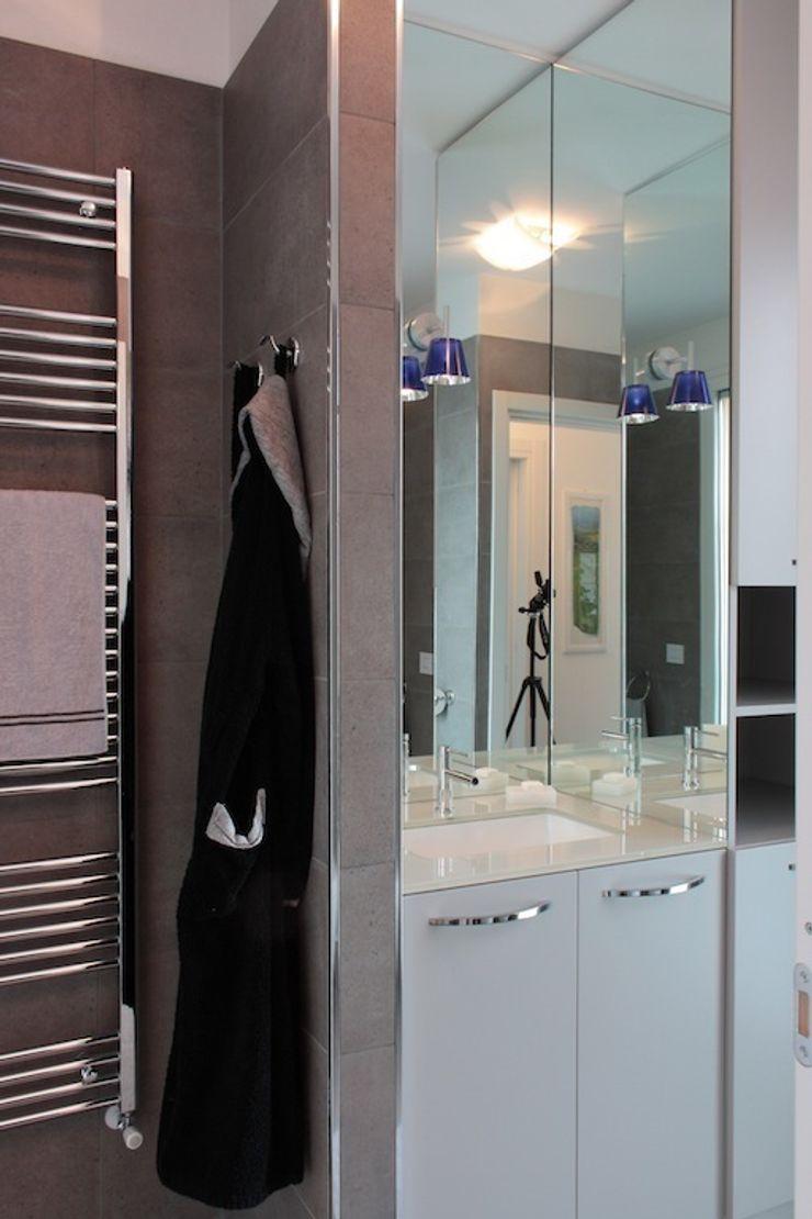 Francesca Bonorandi 미니멀리스트 욕실