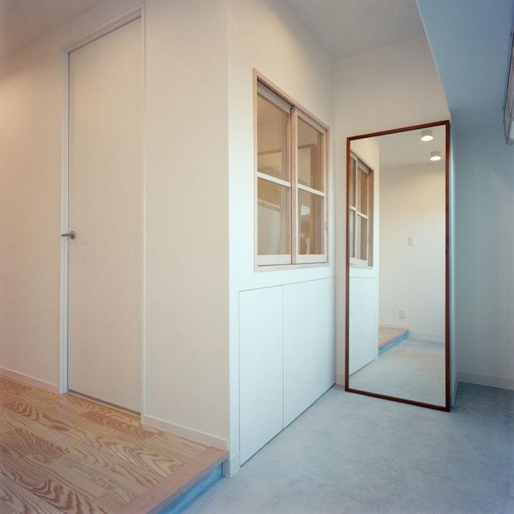 S-House AIDAHO Inc. オリジナルスタイルの 玄関&廊下&階段