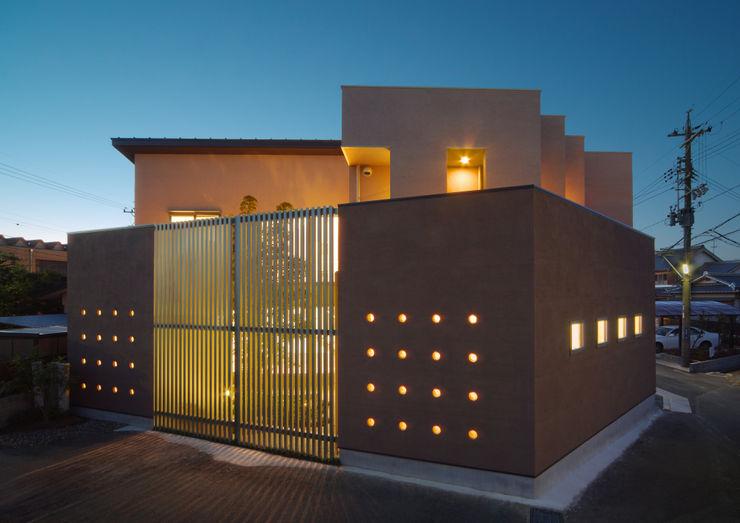 川を望む家 ヒロノアソシエイツ一級建築士事務所 モダンな 家