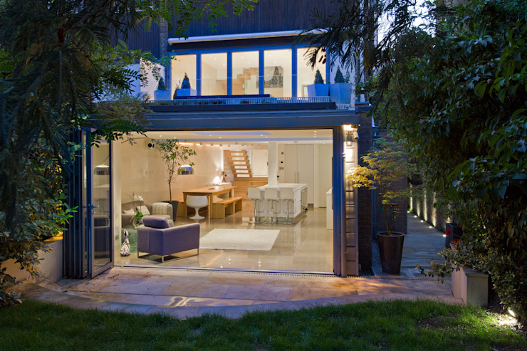 Contemporary rear extension DDWH Architects Minimalist houses