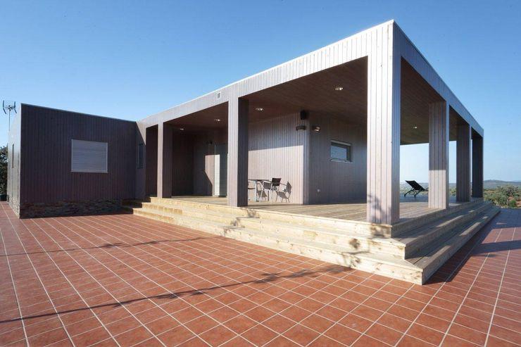 Exterior casa de Madera Natura Blu 195 Casas Natura Casas estilo moderno: ideas, arquitectura e imágenes