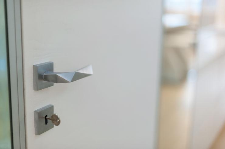 ANNA SHEMURATOVA \ interior design Windows & doors Doors