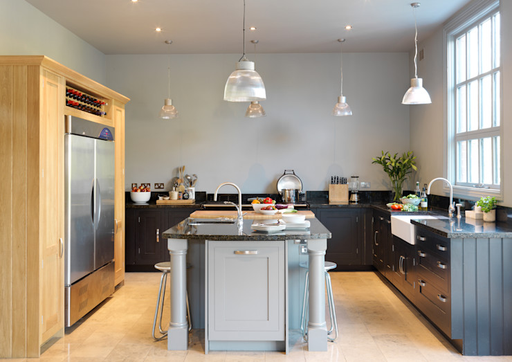 Painted Shaker kitchen by Harvey Jones Harvey Jones Kitchens Cocinas de estilo clásico