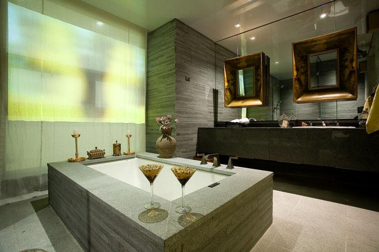 NEED21 ASSOCIATES 浴室