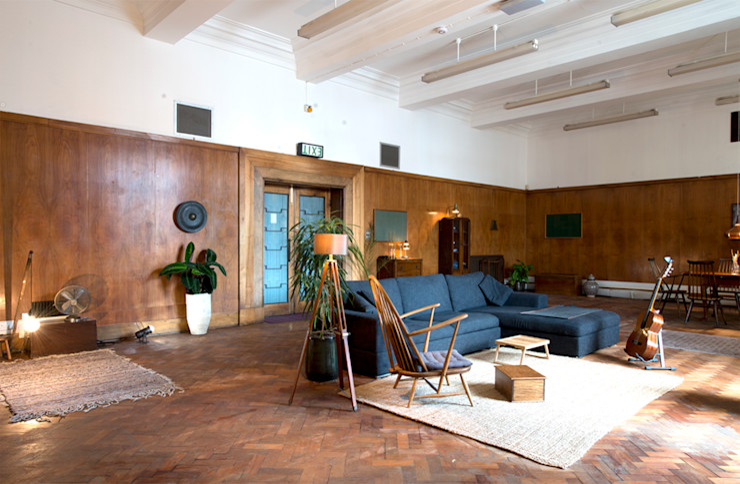 The Function Suite, London antonygibbondesigns Industrial style living room