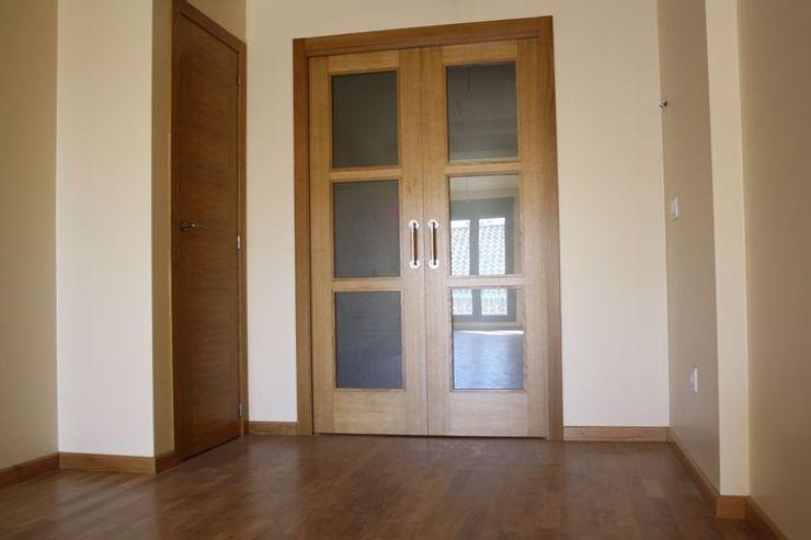 MUDEYBA S.L. Windows & doors Doors