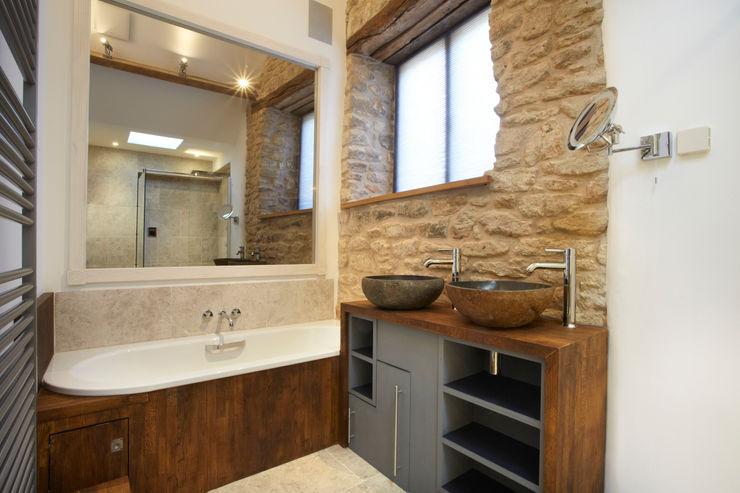 Cosy bathroom Hart Design and Construction Ванная комната в стиле кантри
