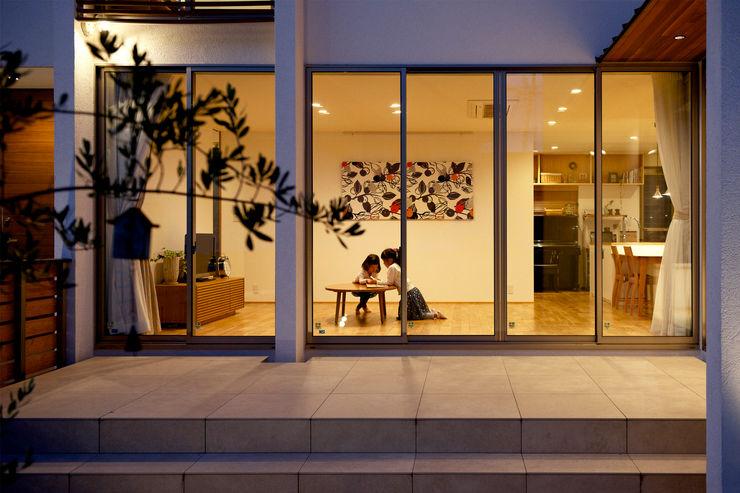 H建築スタジオ Nowoczesny salon