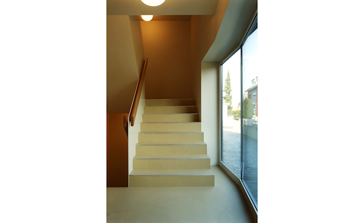 weberbuess Architekten SIA Klasyczny korytarz, przedpokój i schody