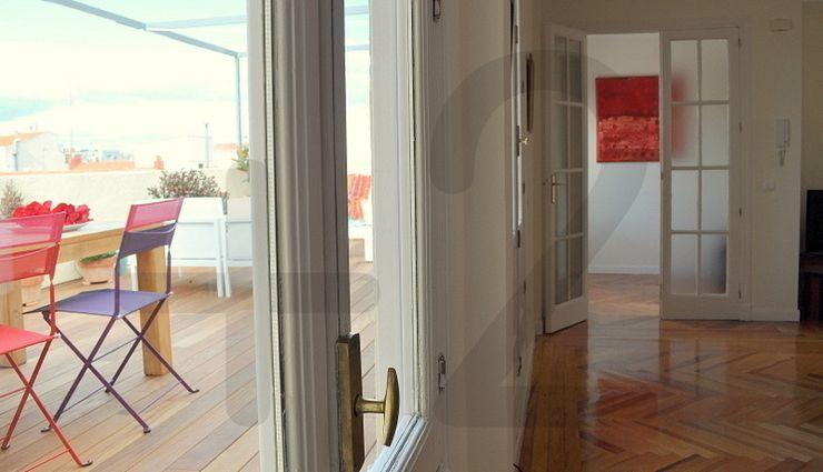 #áticoJERÓNIMOS +2 Salones de estilo moderno