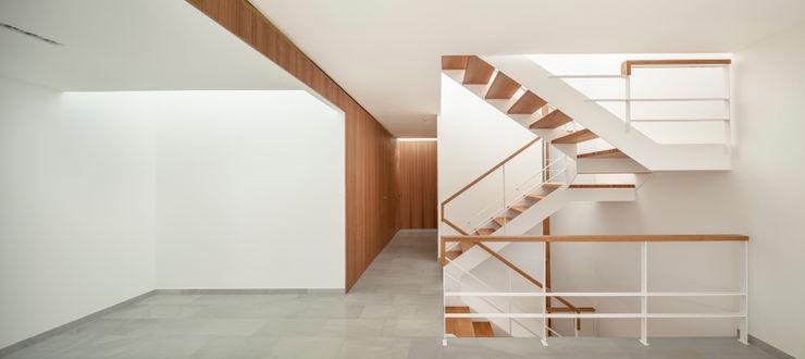 Casa CP Alventosa Morell Arquitectes Коридор