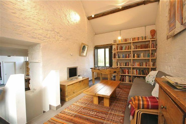 Wood Farm Barn Seymour-Smith Architects Living room