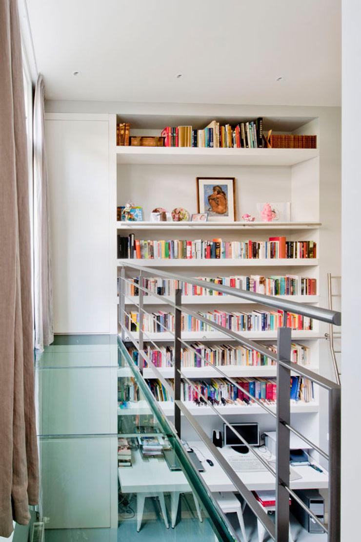 Kodde Architecten bna Modern Living Room