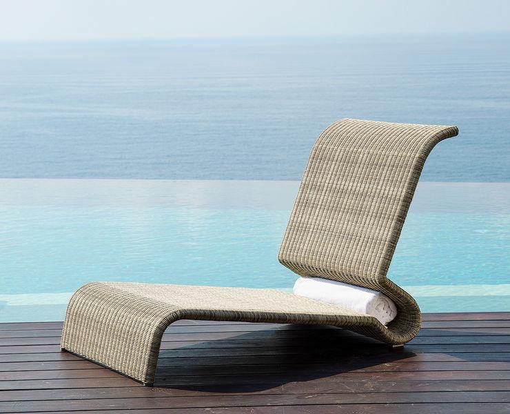 Fiji Beach Lounger Ladycurve KwiK Designmöbel GmbH GartenMöbel