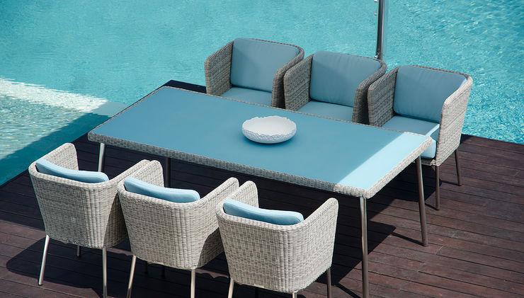 Fiji Dining Gartenstuhl mit Armlehne + Tisch KwiK Designmöbel GmbH GartenMöbel