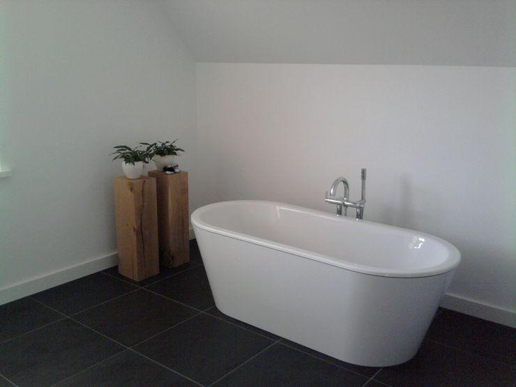 halma-architecten モダンスタイルの お風呂