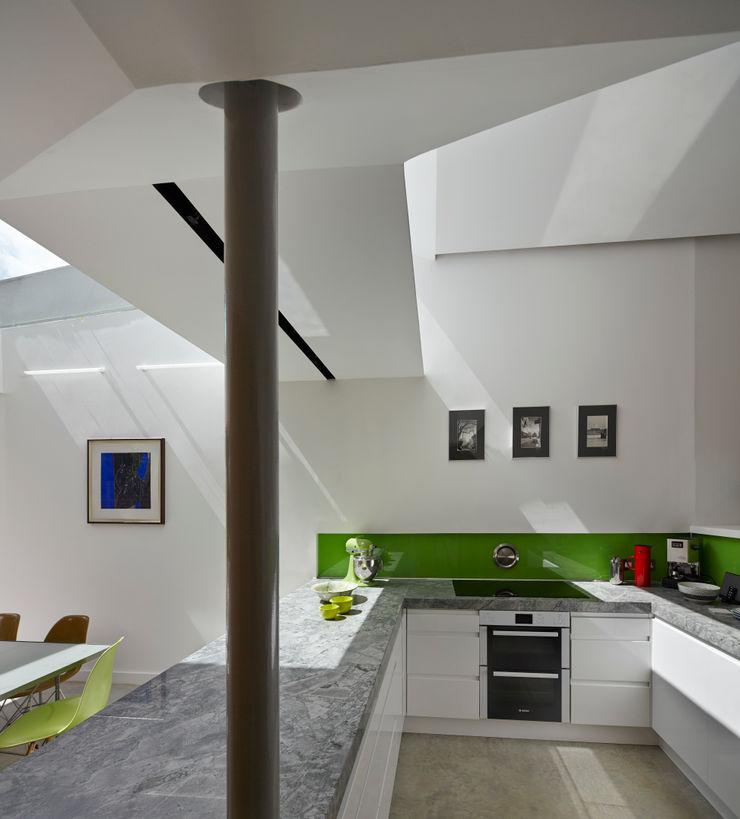 Kitchen space Neil Dusheiko Architects Modern kitchen