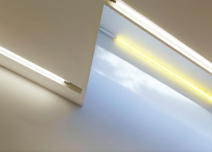 LED strip lighting detail Neil Dusheiko Architects Modern walls & floors