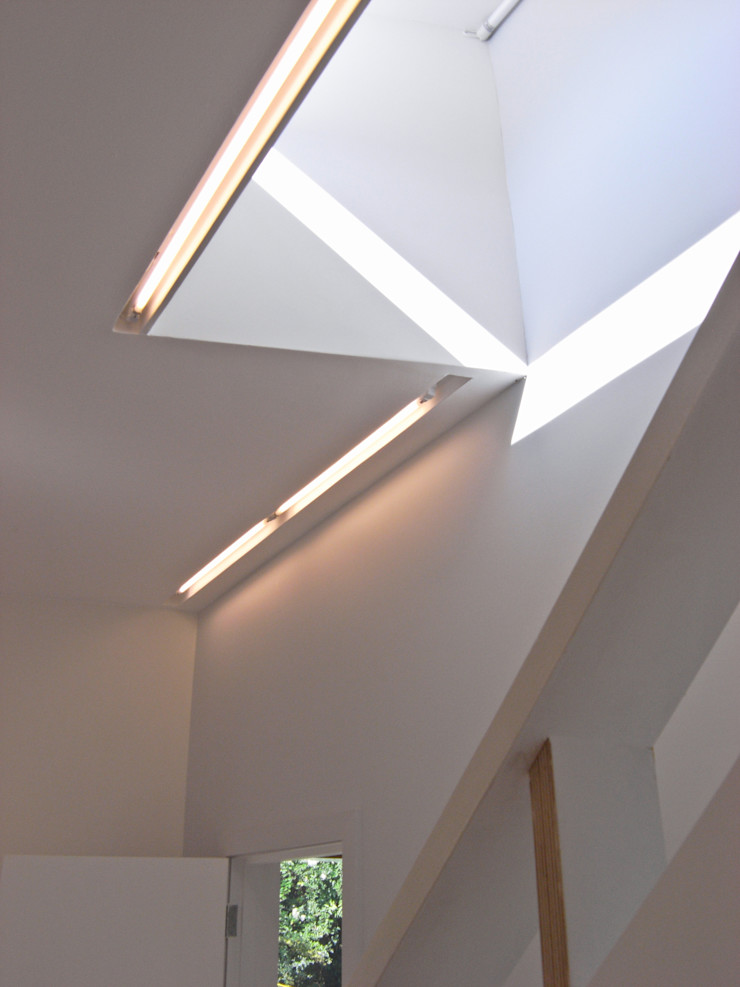 LED strip lighting detail Neil Dusheiko Architects Modern corridor, hallway & stairs