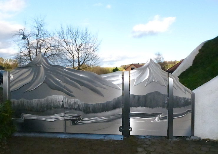 Edelstahl Atelier Crouse: Taman Modern