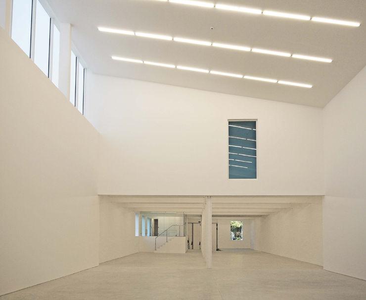 Anish Kapoor Studio Caseyfierro Architects Modern walls & floors