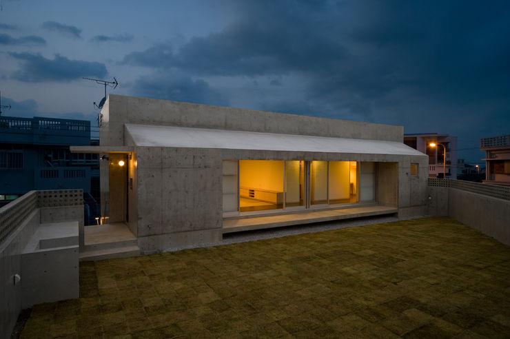 プラソ建築設計事務所 現代房屋設計點子、靈感 & 圖片