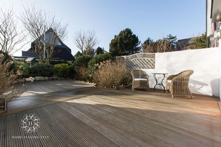 Home Staging Sylt GmbH Classic style balcony, veranda & terrace