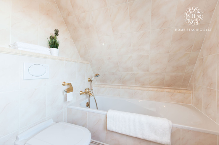 Home Staging Sylt GmbH Classic style bathroom