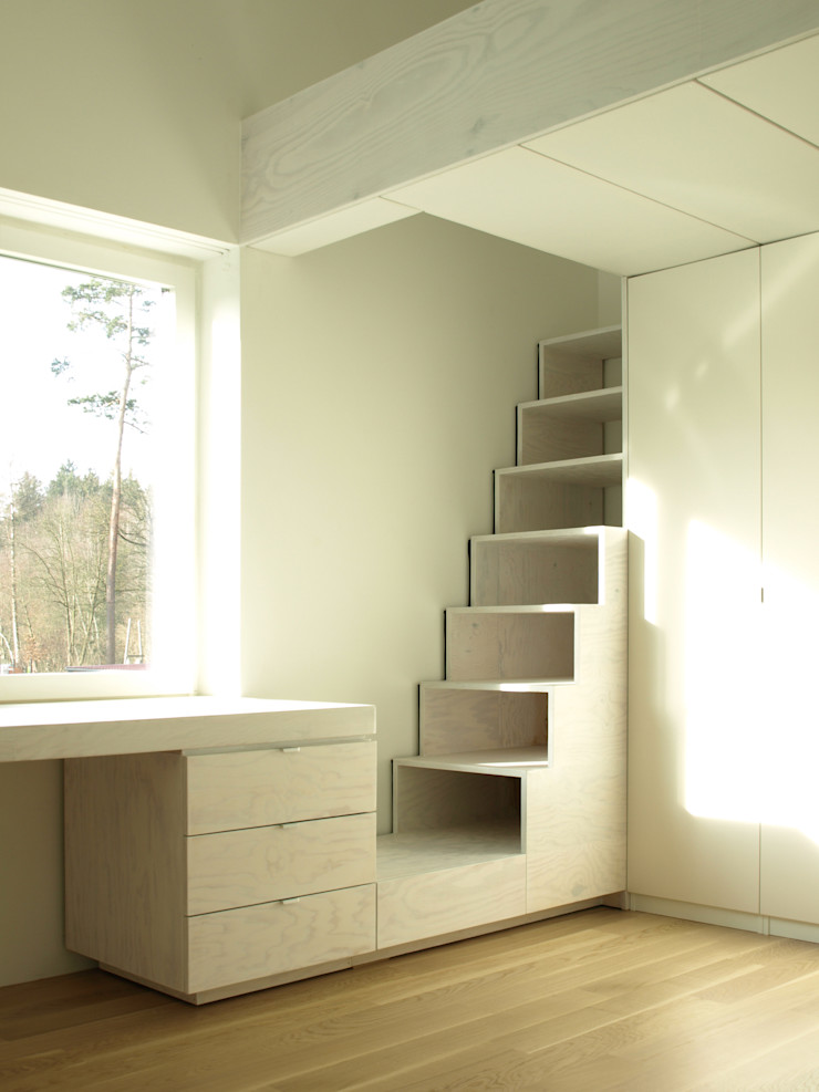 Viktor Filimonow Architekt in München Nursery/kid's roomWardrobes & closets