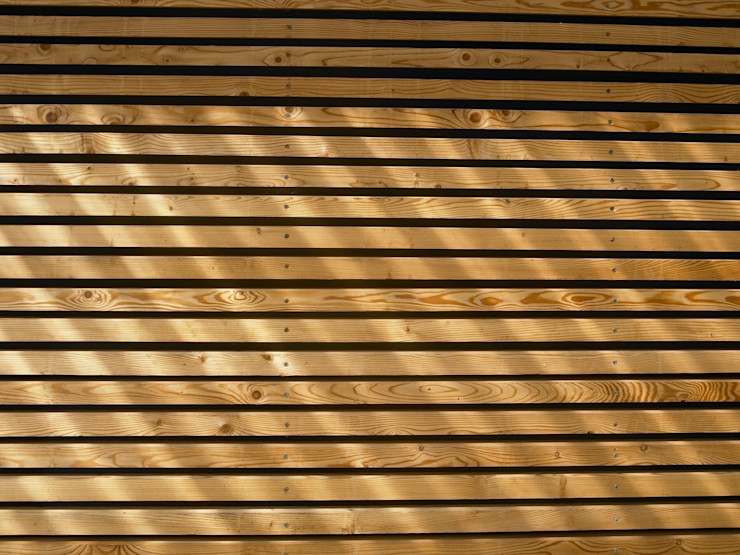 Lärchenholzfassade SOMMERHAUS PIU - YES WE WOOD Skandinavische Häuser Holz