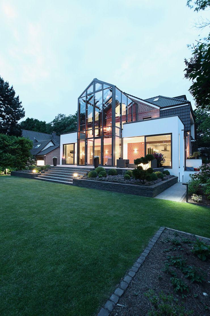 28 Grad Architektur GmbH Modern houses