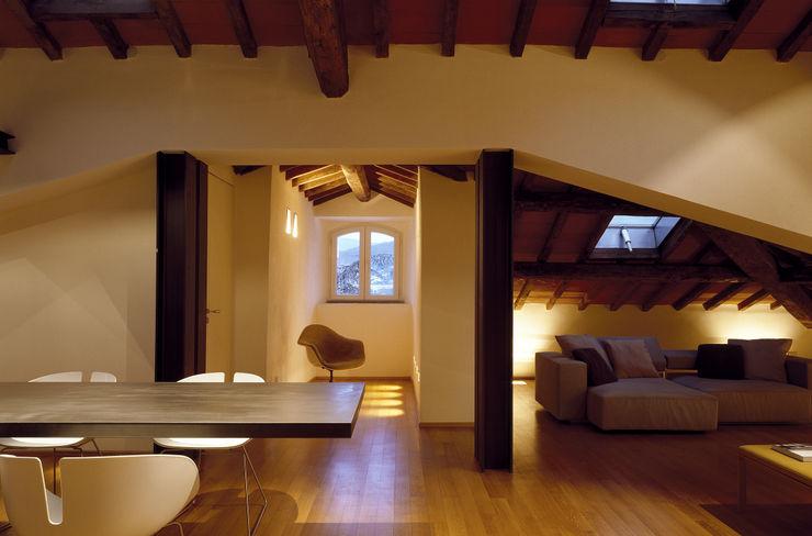 marco ciarlo associati Modern houses