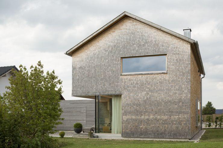 Haus Brunner architektur + raum Moderne Häuser