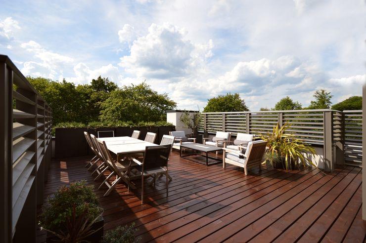 The roof terrace Zodiac Design Modern balcony, veranda & terrace