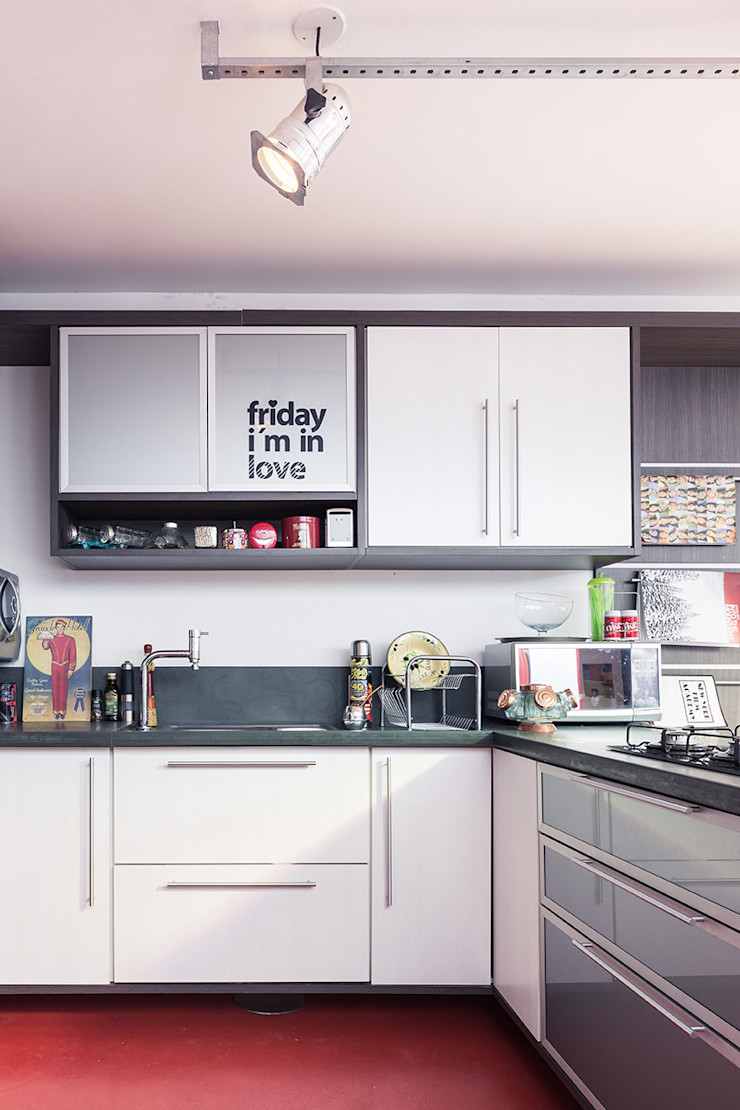 Blacher Arquitetura Eclectic style kitchen