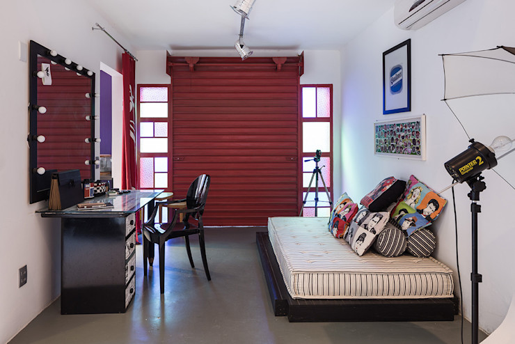 Blacher Arquitetura Eclectic style study/office