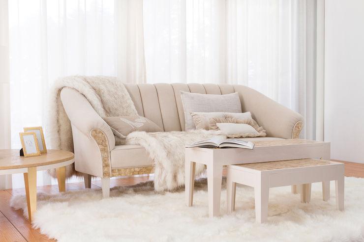 Camilla Living Room homify WohnzimmerSofas und Sessel