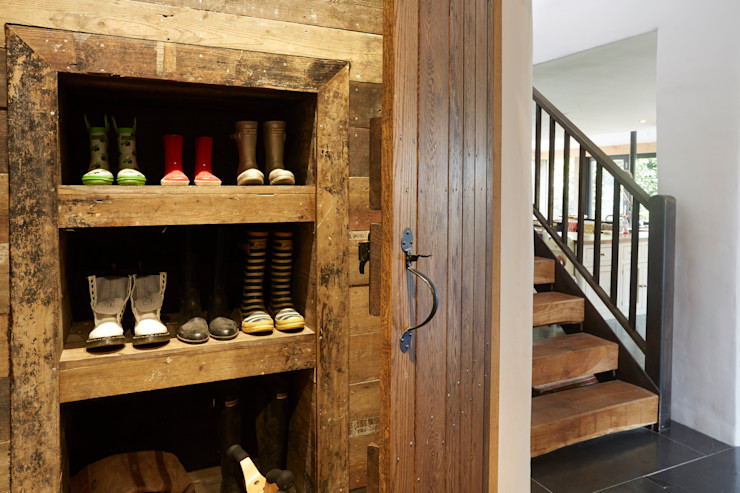 Boot Warmer Hart Design and Construction Country style corridor, hallway& stairs