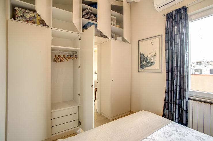 MOB ARCHITECTS DormitoriosClósets y cómodas