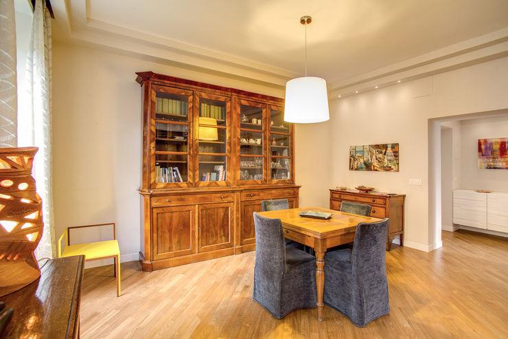 BORGHESE MOB ARCHITECTS Sala da pranzo moderna