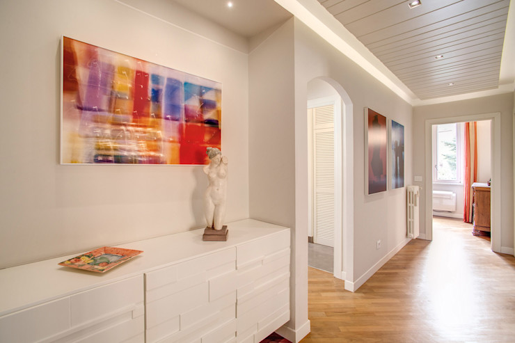 BORGHESE MOB ARCHITECTS Ingresso, Corridoio & Scale in stile moderno