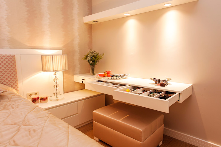 Canan Delevi BedroomDressing tables