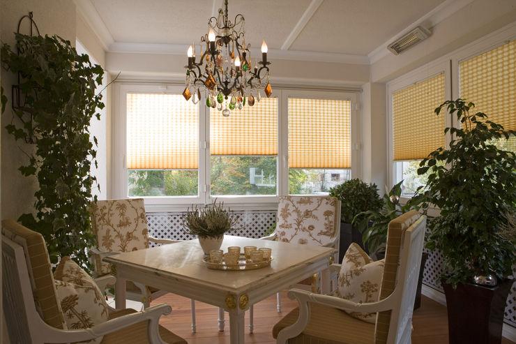 Beinder Schreinerei & Wohndesign GmbH Country style conservatory