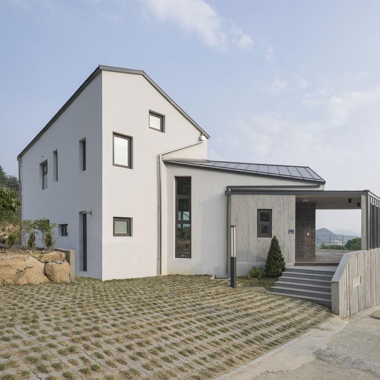 SpaceMGT Modern houses