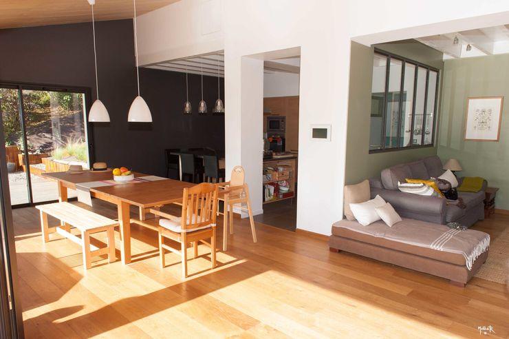 POUGET Agnès Modern style kitchen
